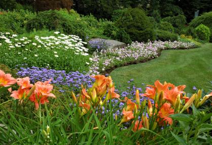 Landscape contractor service Ingram Lawn & Garden Ambler, Pa.